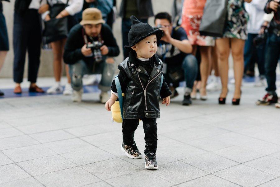 seoul-fashion-week-babies-street-style-02