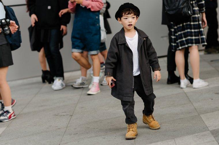 seoul-fashion-week-babies-street-style-04