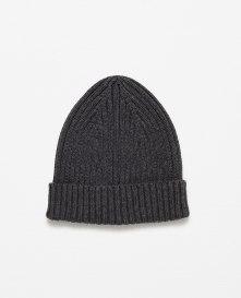 From Markası: ZARA Price Fiyatı: 29.95 TL Link: http://www.zara.com/tr/en/man/accessories/view-all/rib-knit-hat-c733868p3268228.html