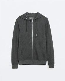 From Markası: ZARA Price Fiyatı: 79.95 TL Link: http://www.zara.com/tr/en/man/sweatshirts/hooded-sweater-c309502p2813486.html
