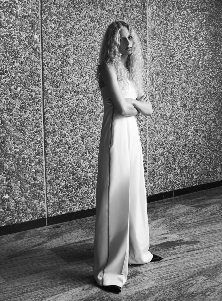 frederikke-sofie-by-hasse-nielsen-for-costume-magazine-april-2016-5
