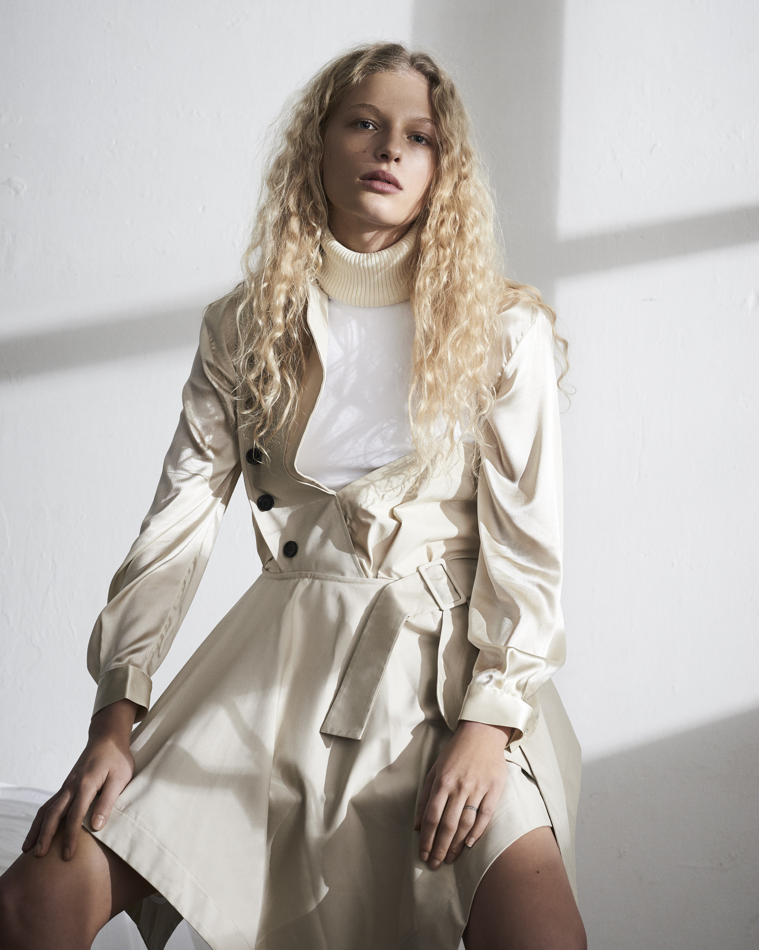 frederikke-sofie-by-hasse-nielsen-for-costume-magazine-april-2016-6