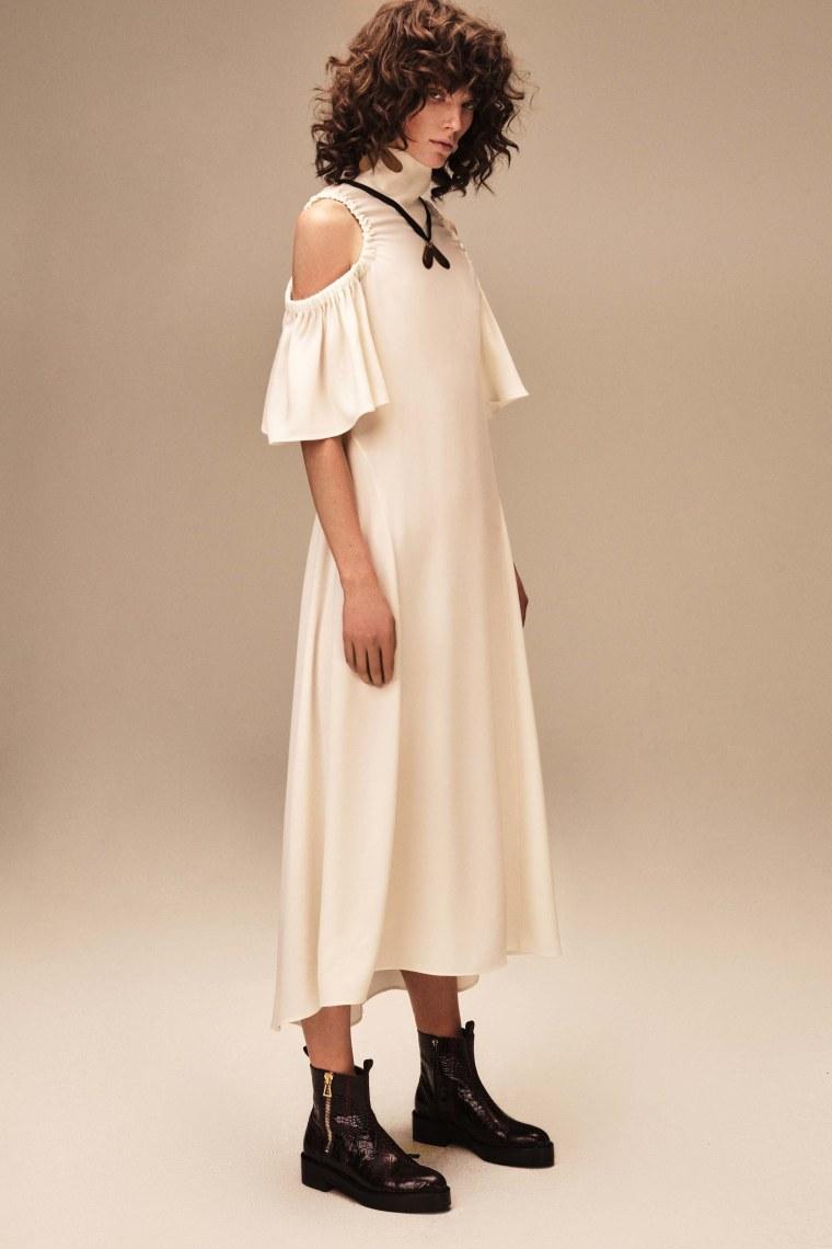Off The Shoulder Trend Post by Fashion Wonderer (70)