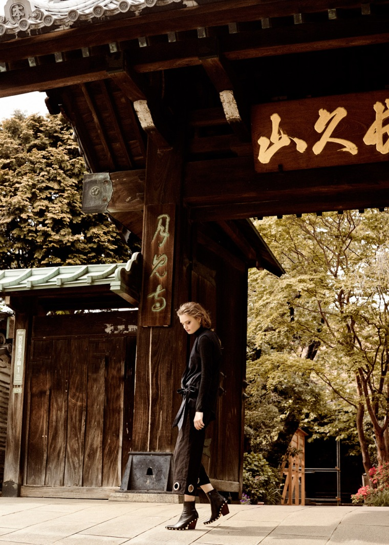 Martha-Wiggers-Fashion-Editorial-Tokyo-By-OracleFox-Journal-FashionWonderer (5)
