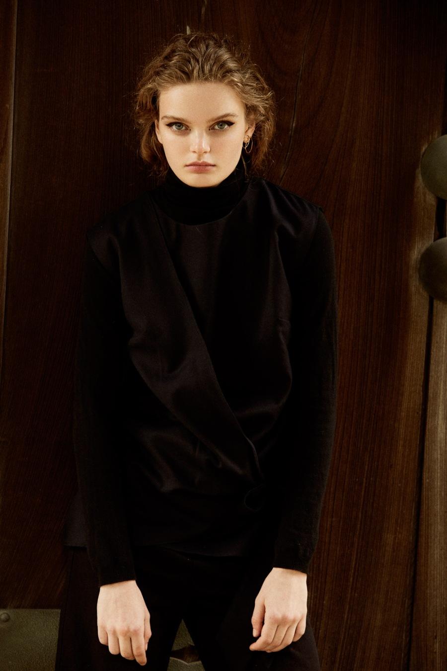 Martha-Wiggers-Fashion-Editorial-Tokyo-By-OracleFox-Journal-FashionWonderer (6)
